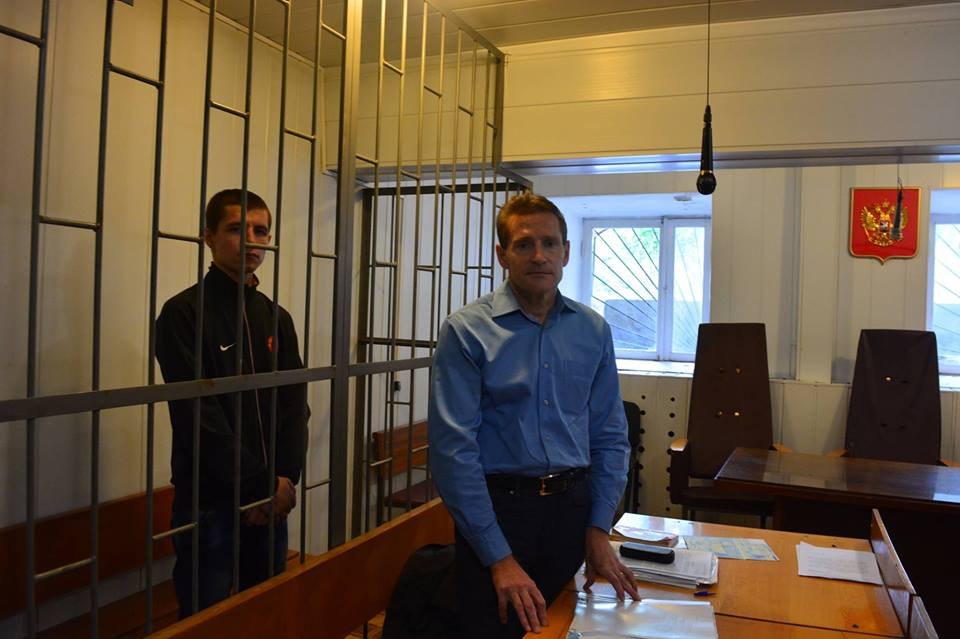 Адвокат украинского политзаключенного Андрея Коломийца уже месяц не может получить приговор