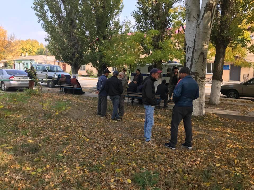 Полиция в Крыму повестками вызвала людей на «опросы» из-за одиночных пикетов (документы)