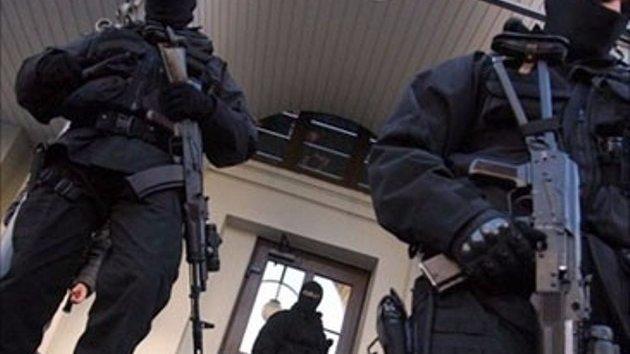 При обследовании жилища нельзя ограничивать право на помощь адвоката – рекомендации для крымчан