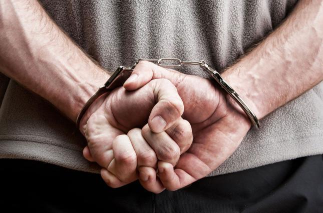 Арест подозреваемого:  что важно знать крымчанам для защиты своих прав