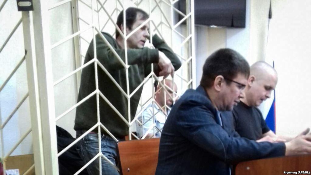 У кримському «суді» у справі українського активіста Балуха  допитали начальника ІТУ Ткаченка