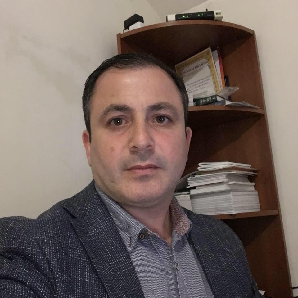 Крымский адвокат Мамбетов сообщил, что у него хотят провести обыск