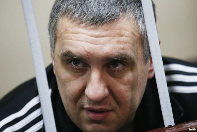 Евгений Панов уже две недели страдает от зубной боли, в СИЗО его не лечат