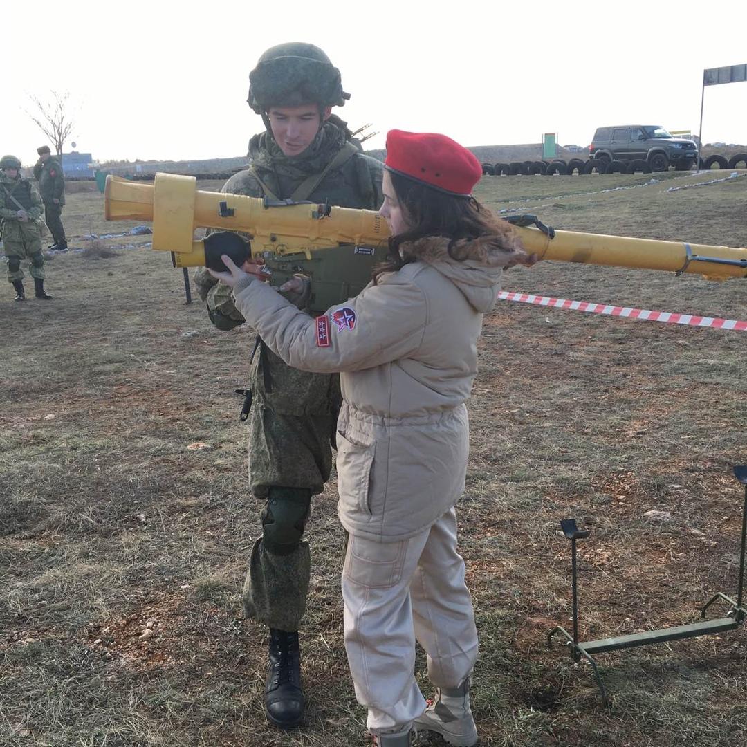 """Милитаризация детей на постоянной основе: в Севастополе создали """"Дом Юнармии"""""""