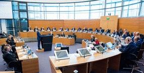 Міжнародний трибунал ООН  з морського права  зобов'язав Росію звільнити захоплених  українських військовослужбовців