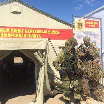 Масштабную пропаганду службы в армии страны-оккупанта провели в Севастополе
