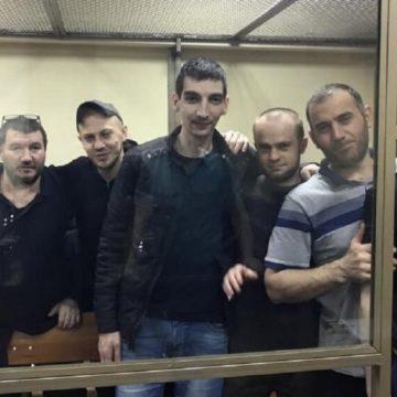 Ялтинську групу «справи кримських мусульман» етапували з Ростова-на-Дону