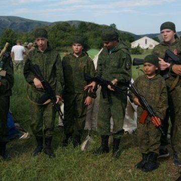Майбутні солдати Путіна. Чому світ повинен зупинити мілітаризацію дітей у Криму