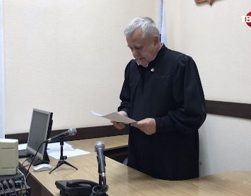 Відомий за багатьма політично умотивованими справами в Криму  «суддя» арештував нових  «українських диверсантів»