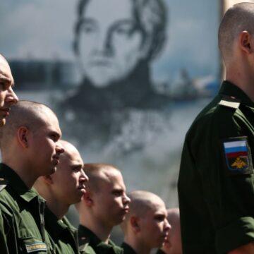 С 2014 года, Россия забрала на службу в свою армию порядка 25 тысяч человек