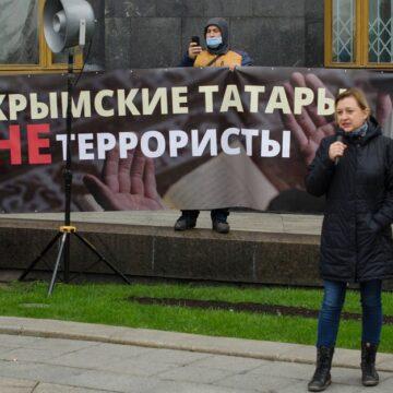 Українські правозахисники й активісти закликали негайно звільнити кримських політв'язнів