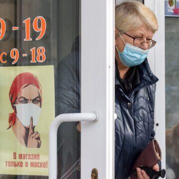 COVID-19 у Криму: повні лікарні та черги швидкої допомоги