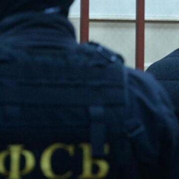 К задержанному в Крыму украинцу Владиславу Есипенко не пускают независимого адвоката