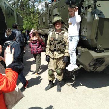 В Крыму дети в военной формерекламировали службу в армии оккупанта