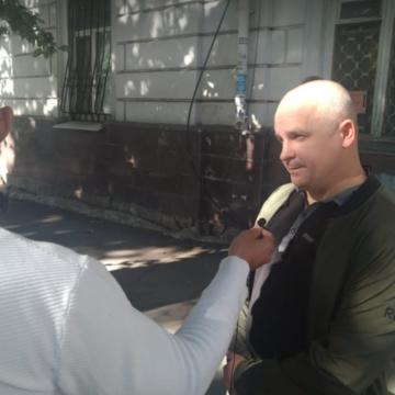 Динзе: У Есипенко — панические атаки, он опасается угроз со стороны ФСБ