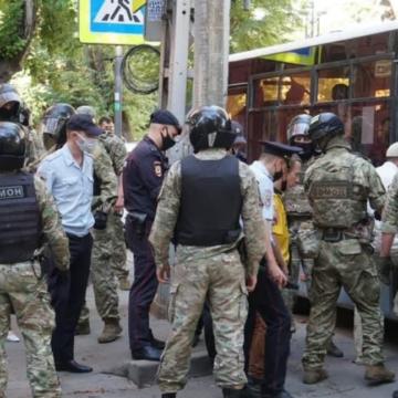 На затриманих кримських татар склали 58 протоколів, декотрих залишили під вартою на два тижні